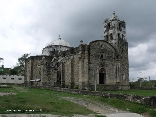 Iglesia de Santiago Apóstol en Temapache, Ver.