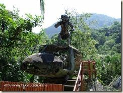Helicoptero y Depredador en El Eden