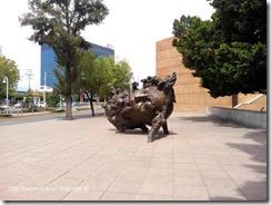 Arte Extramuros: Tres Esculturas Monumentales