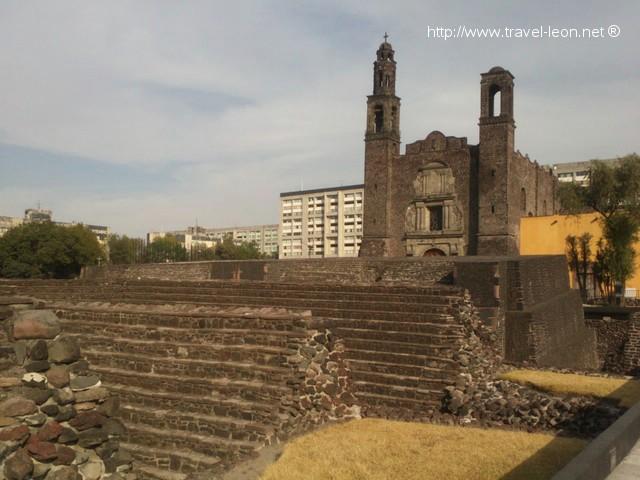 Zonas Arqueológicas: Tlatelolco, México, DF